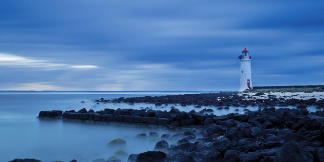 10-most-beautiful-lighthouses-wallpaper-1